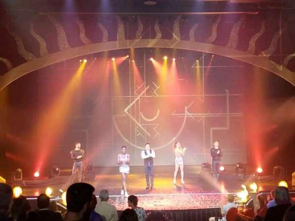 Tropicana Theater, Reihe: I, Platz: 1