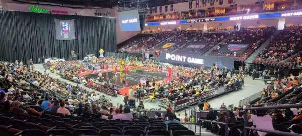 Orleans Arena, Bereich: 113, Reihe: P, Platz: 1