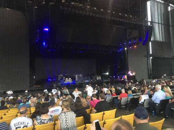 Hollywood Casino Amphitheatre (Maryland Heights), Abschnitt: 104, Reihe: CC, Platz: 6
