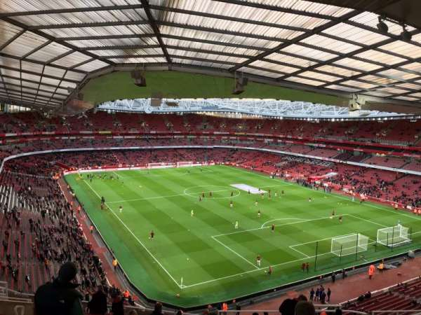 Emirates Stadium, Abschnitt: 105, Reihe: 19, Platz: 410