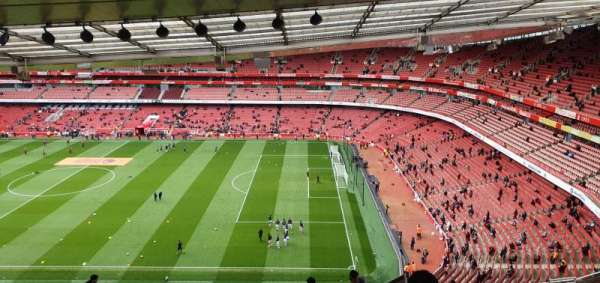 Emirates Stadium, Abschnitt: 110, Reihe: 25, Platz: 518