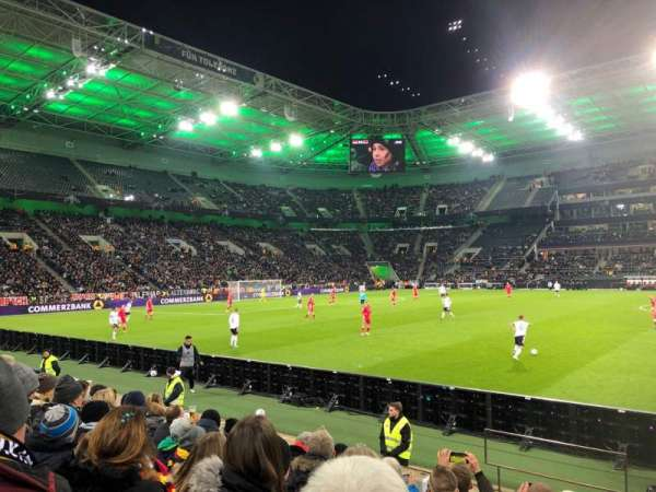 Borussia Park, Abschnitt: 10, Reihe: 6, Platz: 21