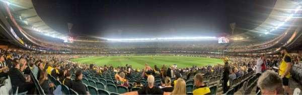 Melbourne Cricket Ground, Bereich: M15, Reihe: V, Platz: 8
