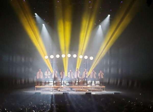 Modell Performing Arts Center, Abschnitt: Box CC, Reihe: A , Platz: 3