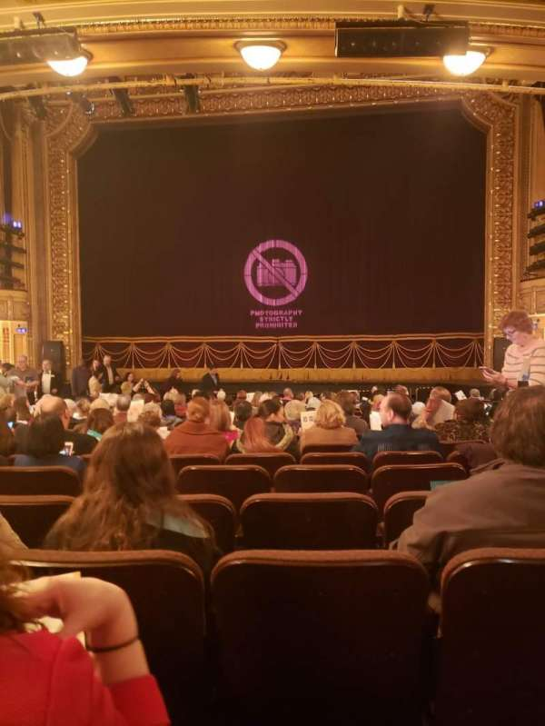 Hippodrome Theatre, Abschnitt: Center Orchestra, Reihe: T, Platz: 115