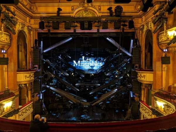 Gielgud Theatre, Abschnitt: Dress Circle, Reihe: F, Platz: 17