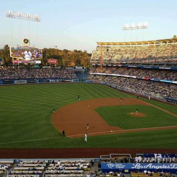 Dodger Stadium, Abschnitt: 23RS, Reihe: A, Platz: 11