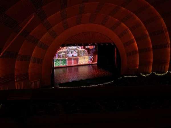 Radio City Music Hall, Abschnitt: 3rd Mezzanine 6, Reihe: A, Platz: 611
