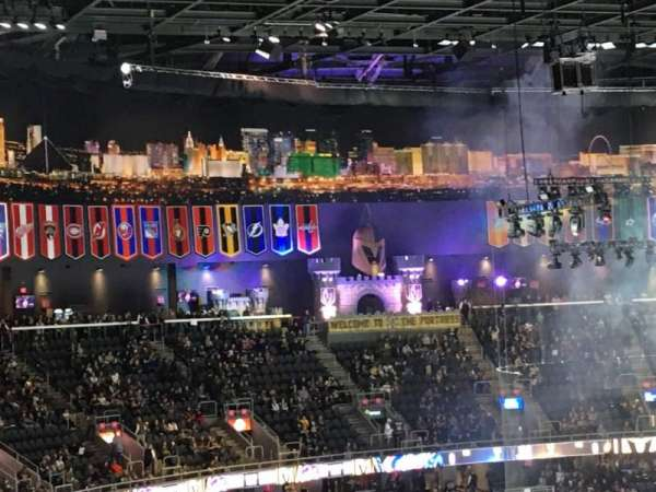 T-Mobile Arena, Abschnitt: 208, Reihe: G, Platz: 15