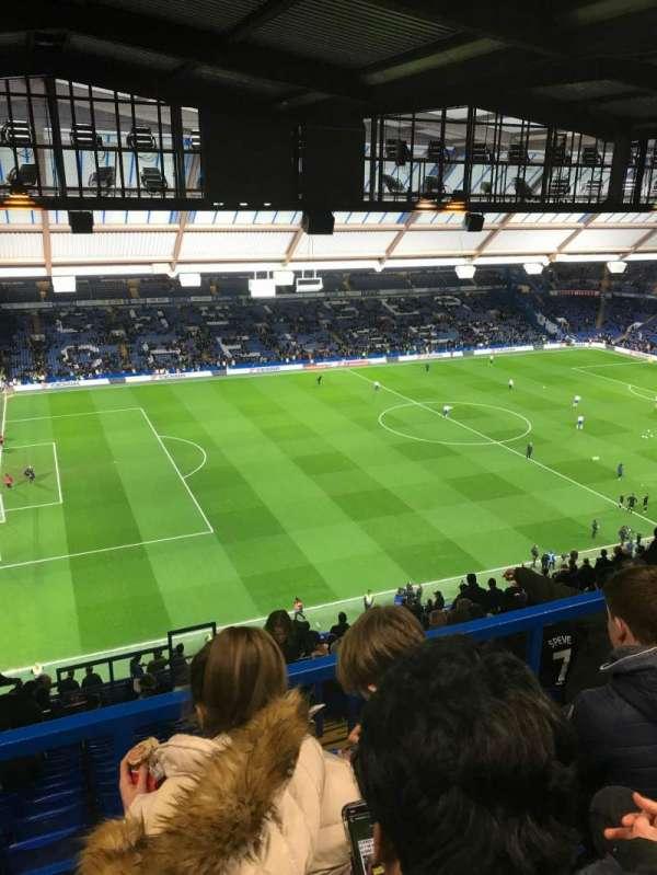 Stamford Bridge, Abschnitt: East Stand Upper 1, Reihe: 28, Platz: 183