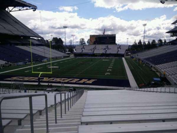 Husky Stadium, Abschnitt: 116, Reihe: 35, Platz: 25