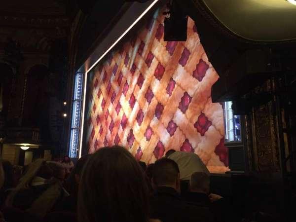 Brooks Atkinson Theatre, Abschnitt: Orch, Reihe: D, Platz: 20