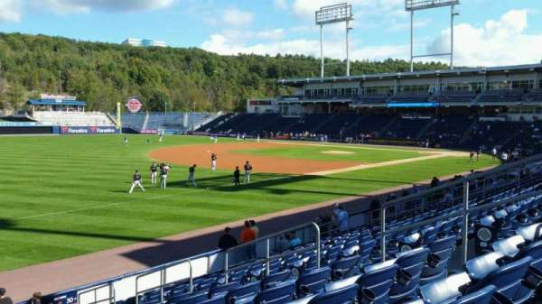 PNC Field, Abschnitt: 31, Reihe: 13, Platz: 9