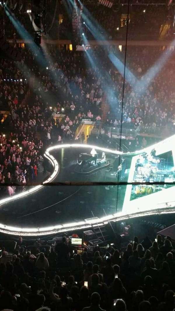 Madison Square Garden, Abschnitt: 213, Reihe: 1, Platz: 9