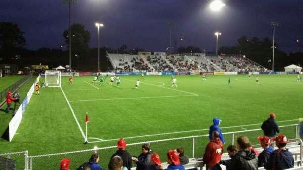 Dillon Stadium, Abschnitt: 1, Reihe: G, Platz: 12