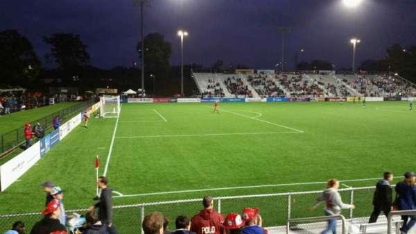 Dillon Stadium, Abschnitt: 1, Reihe: G, Platz: 6