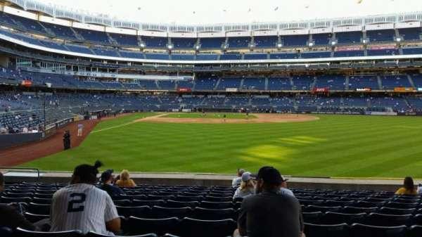 Yankee Stadium, Abschnitt: 105, Reihe: 12, Platz: 13