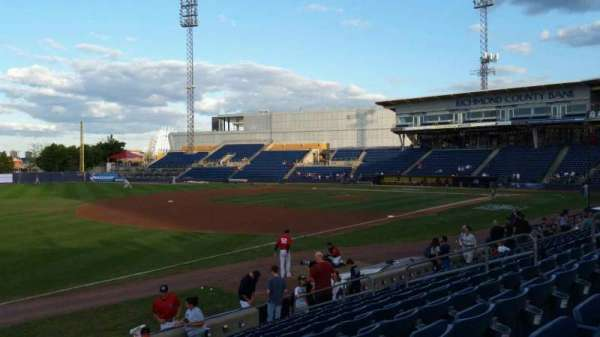 Richmond County Bank Ballpark, Bereich: 3, Reihe: M, Platz: 17