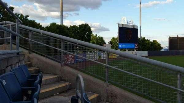 Richmond County Bank Ballpark, Abschnitt: 1, Reihe: J, Platz: 18