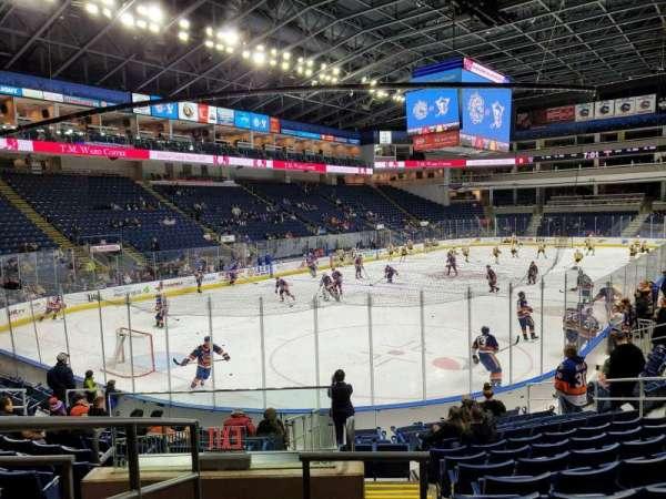 Webster Bank Arena, Abschnitt: 102, Reihe: J, Platz: 18