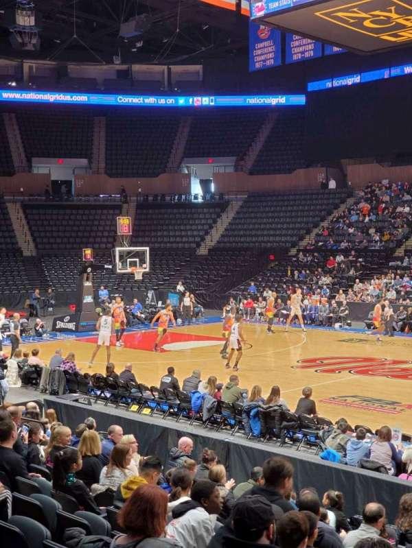 Nassau Veterans Memorial Coliseum, Bereich: 101, Reihe: 1, Platz: 14