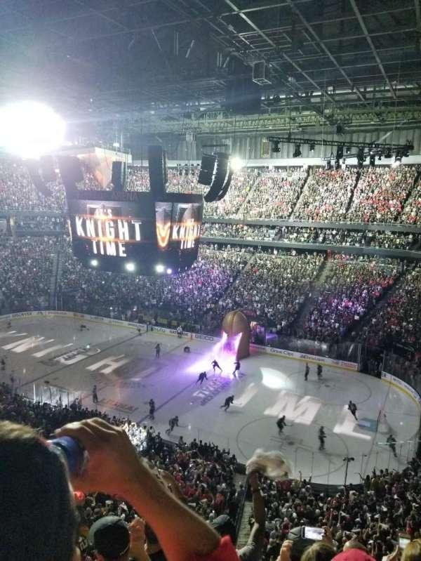 T-Mobile Arena, Abschnitt: 226, Reihe: E, Platz: 10