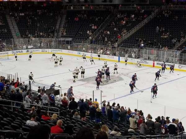 T-Mobile Arena, Abschnitt: 8, Reihe: Y, Platz: 6