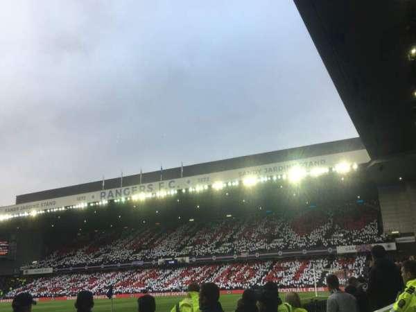 Ibrox Stadium, Abschnitt: SE1, Reihe: B, Platz: 022