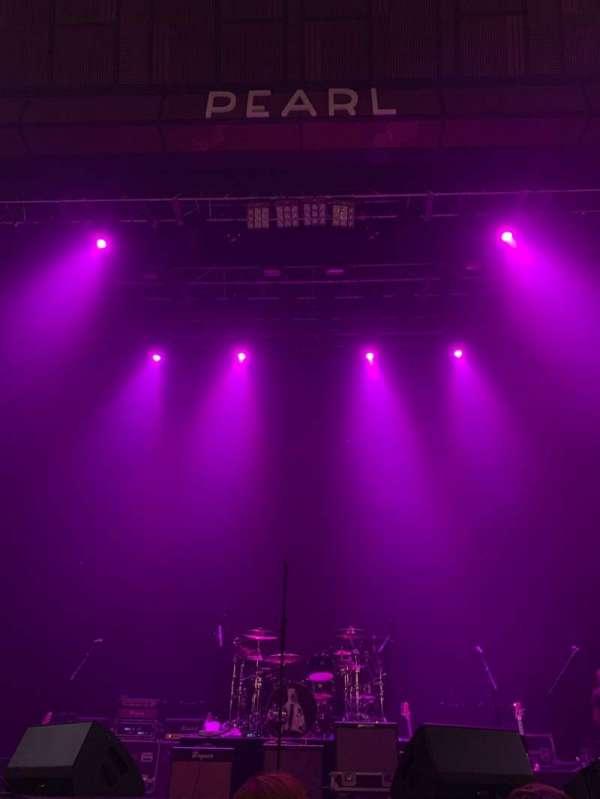 Pearl Theater, Abschnitt: 103, Reihe: C, Platz: 8