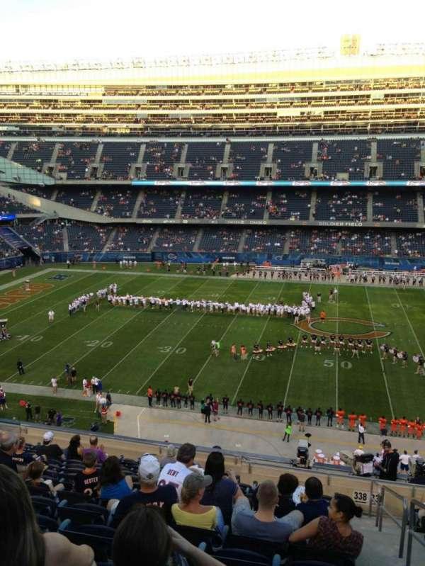 Soldier Field, Abschnitt: 338, Reihe: 14, Platz: 19