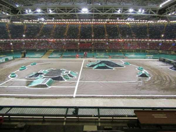 Principality Stadium, Abschnitt: U30, Reihe: 4, Platz: 22