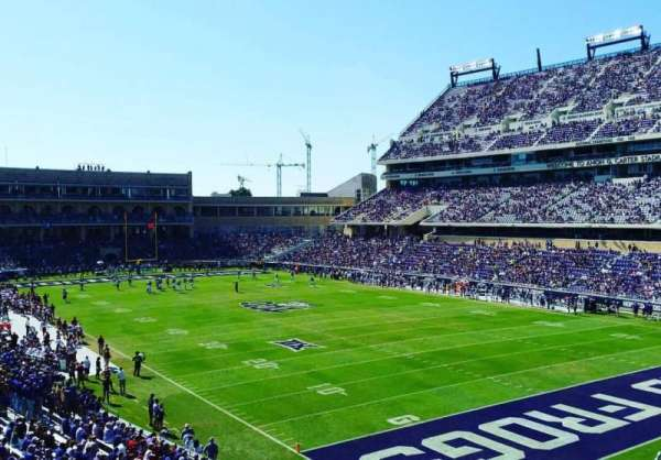 Amon G. Carter Stadium, Abschnitt: 228, Reihe: B, Platz: 101