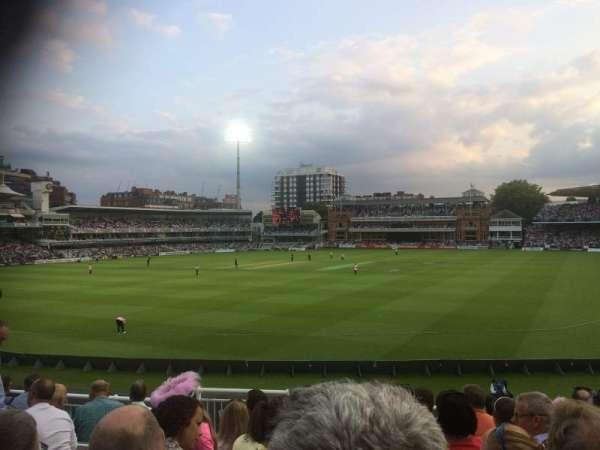 Lord's Cricket Ground, Abschnitt: Crompton Upper Stand Block 17, Reihe: J, Platz: 87