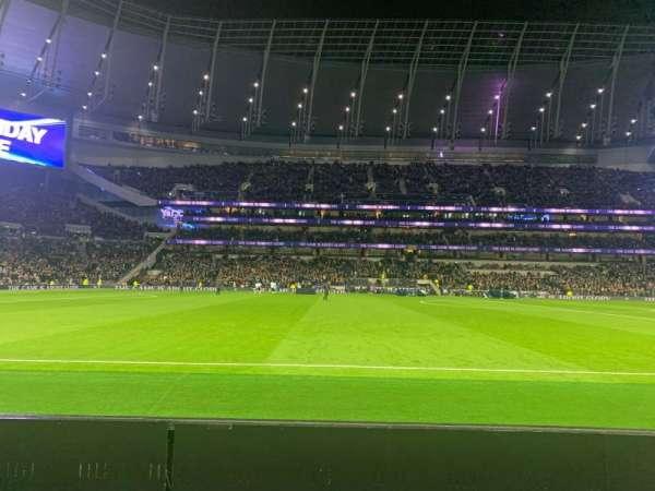 Tottenham Hotspur Stadium, Abschnitt: 122, Reihe: 2, Platz: 678