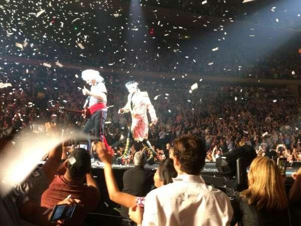 Madison Square Garden, Abschnitt: B, Reihe: 9, Platz: 1