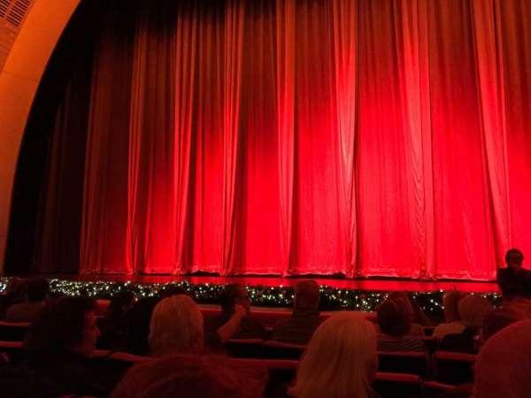 Radio City Music Hall, Abschnitt: Orchestra 4, Reihe: HH, Platz: 401