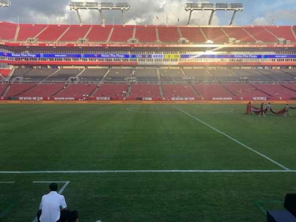 Raymond James Stadium, Abschnitt: 110, Reihe: A, Platz: 13-16