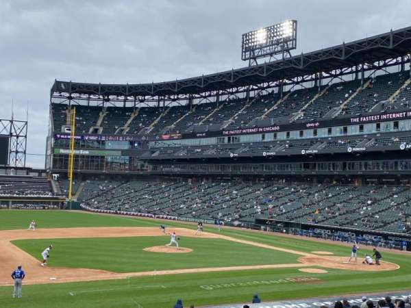 Guaranteed Rate Field, Bereich: 142, Reihe: 26, Platz: 2