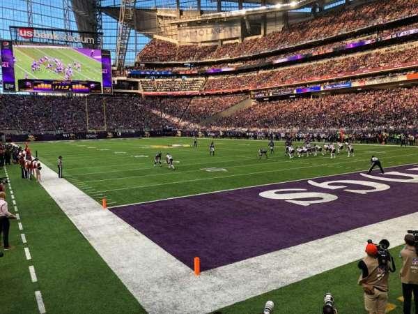 U.S. Bank Stadium, Abschnitt: 122, Reihe: 4, Platz: 13