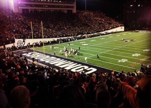 Vanderbilt Stadium, Bereich: M, Reihe: 29, Platz: 15