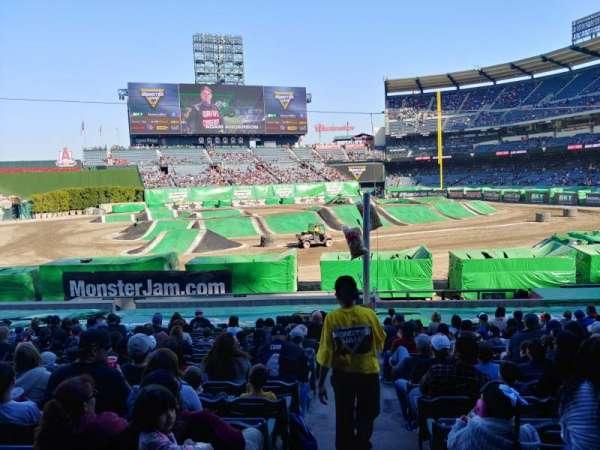 Angel Stadium, Abschnitt: 209, Reihe: A, Platz: 21