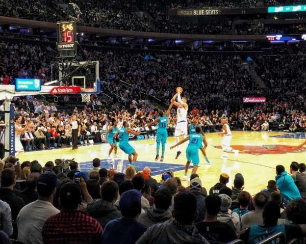 Madison Square Garden, Abschnitt: 104, Reihe: 3, Platz: 9