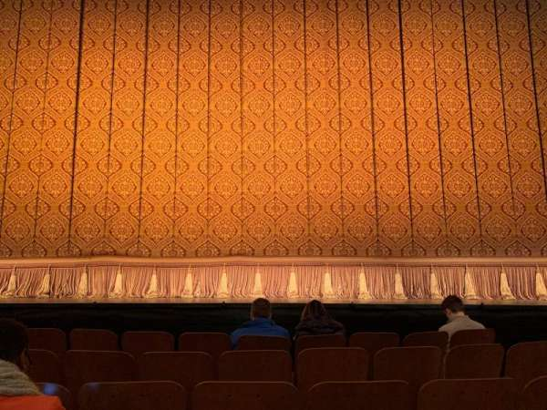 Booth Theatre, Abschnitt: CENTER ORCHESTRA, Reihe: D, Platz: 109