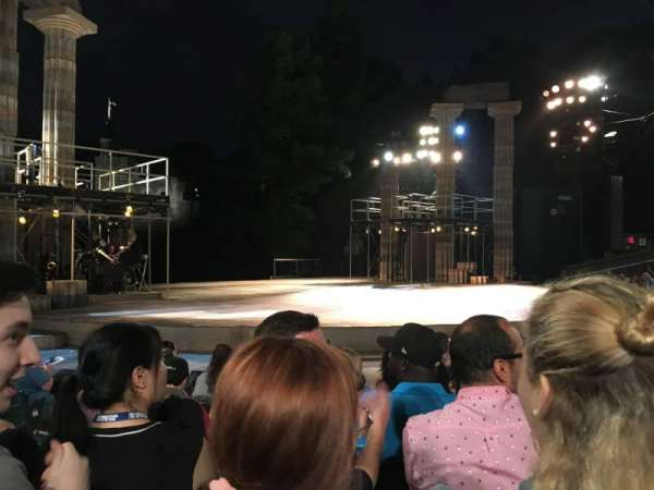The Delacorte Theater in Central Park, Abschnitt: D, Reihe: F, Platz: 309