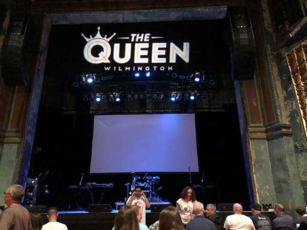 The Queen, Abschnitt: GA Floor, Reihe: Last Row in Front of t, Platz: Center Aisle