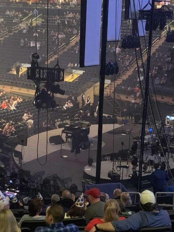 Madison Square Garden, Abschnitt: 110, Reihe: 22, Platz: 21
