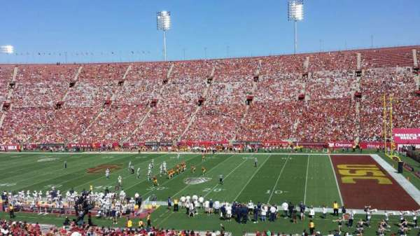 Los Angeles Memorial Coliseum, Abschnitt: 5H, Reihe: 43, Platz: 105W