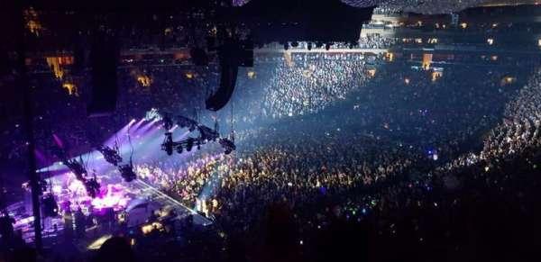 Madison Square Garden, Abschnitt: 221, Reihe: 6, Platz: 4
