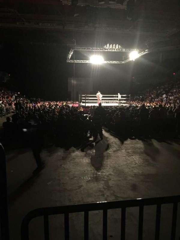 Raising Cane's River Center Arena, Abschnitt: 104, Reihe: B, Platz: 13