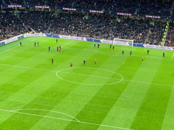 Tottenham Hotspur Stadium, Abschnitt: 323, Reihe: 62, Platz: 157